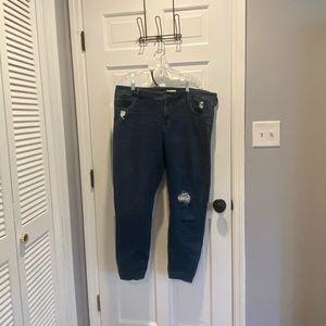 Ava & Viv Mid-Rise Distressed Skinny Jeans 20W